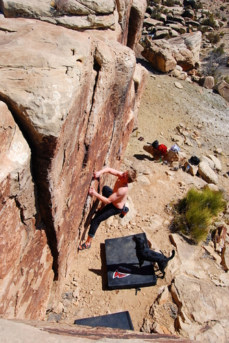 ProLite employee Kyle Rosenberger, bouldering in Triassic area, Utah